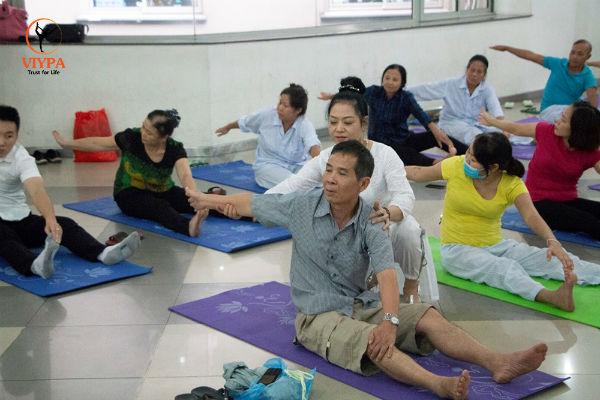 """Giáo viên Mai Anh - người đã dùng yoga để """"cứu sống"""" bản thân mình"""